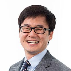 Woo Min Lee