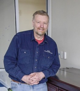Scott Maat, Buttzville Pastor Builds More than Cabinets