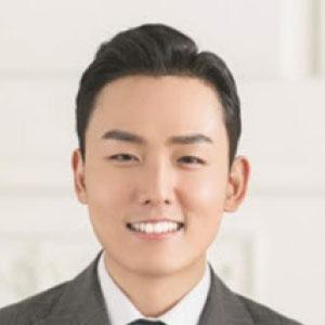 YoungHak Lee